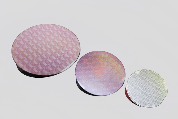 Wafers from the UltraCMOS 11 technology platform (left), UltraCMOS 10 platform and UltraCMOS silicon on sapphire (right).